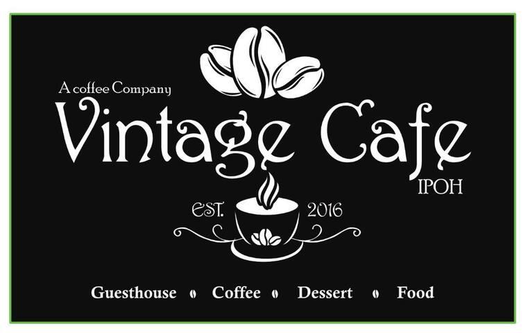 King Room - Vintage Cafe & Guesthouse