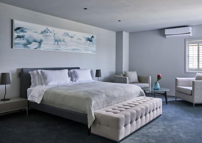 Kianga Luxury Suite 2