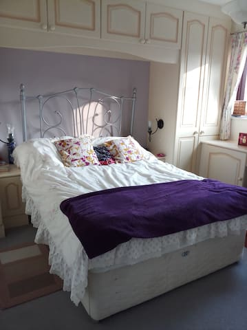 Very nice and comfortable double bed room