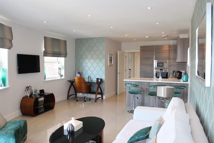 Penthouse apartment in Hoddesdon Town Centre