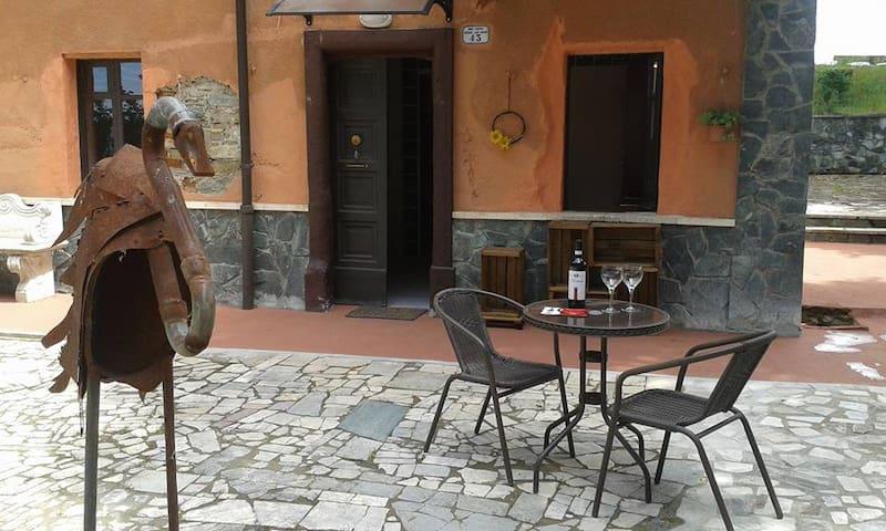 """appartamento """"i Tigli"""" - Acqui Terme - Apartment"""