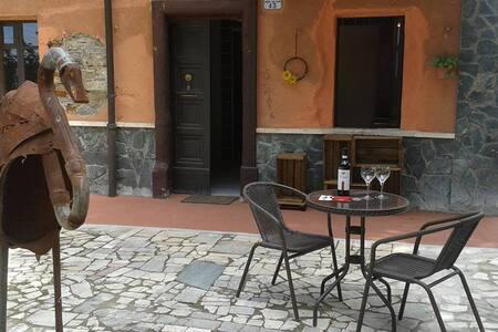 """appartamento """"i Tigli"""" - Acqui Terme - Byt"""