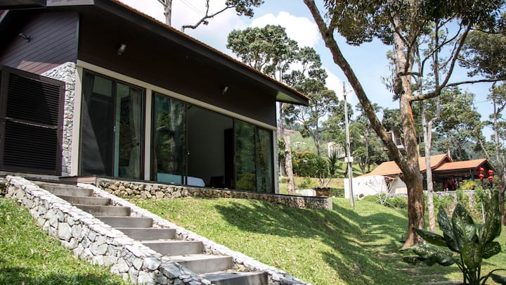 Karuna Hill - Villa Indriel