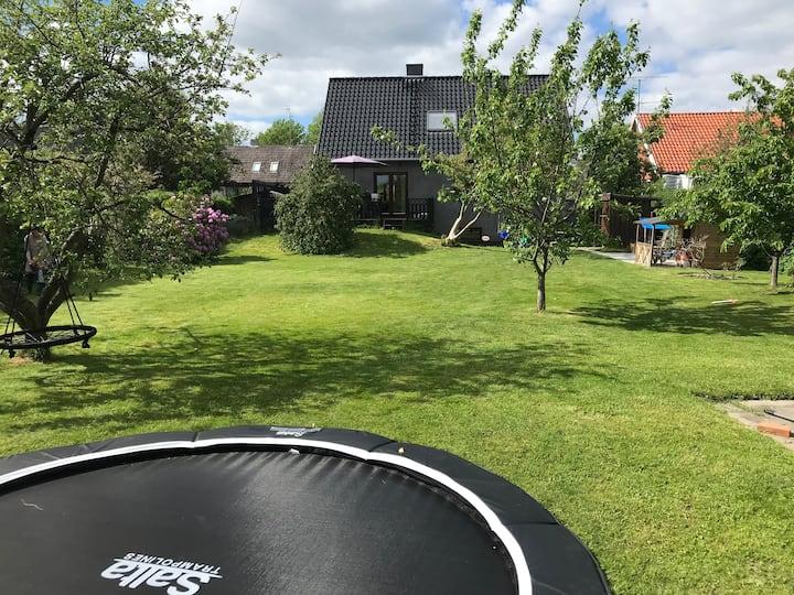 Family house Herlev - Big garden - 11 km from CPH!