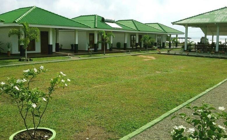 Kalpitiya Lagoon Resort- Cabana 04
