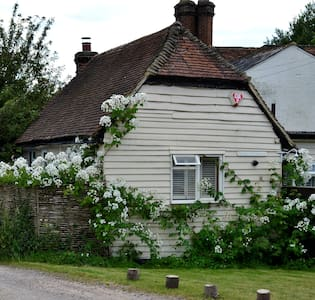 Dagley Cottage and Stable - Shalford - Shalford - Andere
