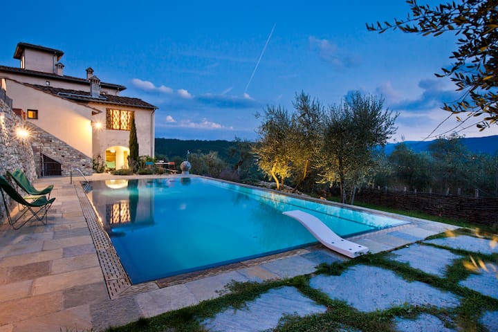 La Leopoldina, luxury villa close to Florence