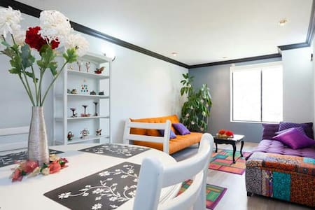 QUITO BEST ZONE & BEAUTIFUL SUITE!! - Quito