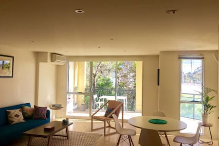 Bright & spacious flat in East Brunswick - Brunswick East - Apartment