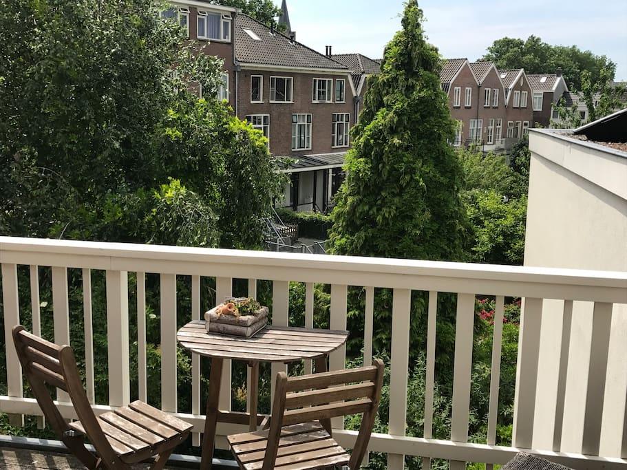 Uitzicht van balkon (tweede verdieping)