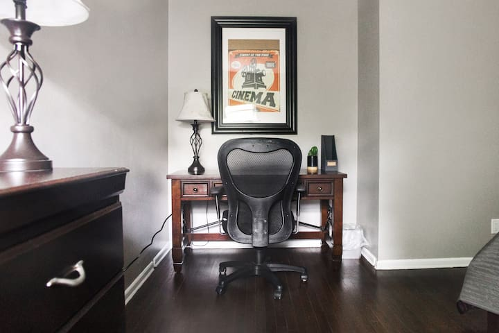 Work area with Tempurpedic desk chair