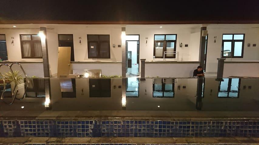 Puri Ganesha Inn Hotel