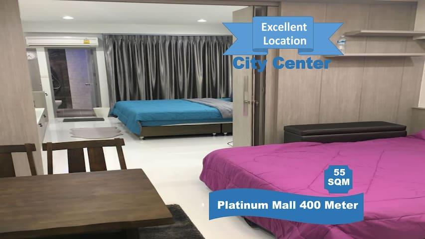 Family Room Condo2 NR Shopping@Platinum + FreeWifi