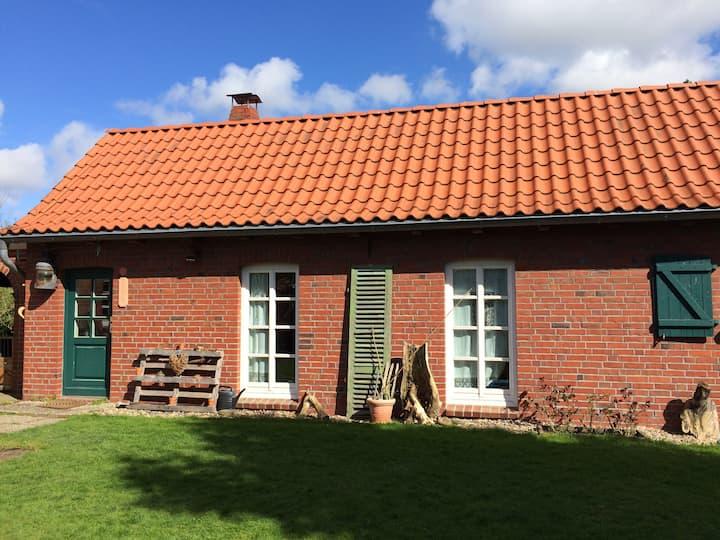 Wunderschönes Ferienhaus mit Sauna in Krummendeich