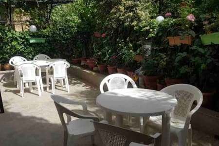 Baabdat charming garden apartment