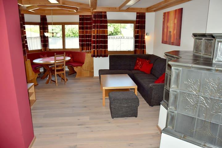 100m Ferienwohnung 7 P Apartment Wildschönau Tirol