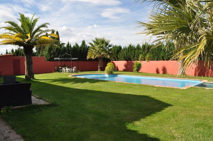 Solea - Gîte avec piscine dans mas - Le Soler - Wohnung