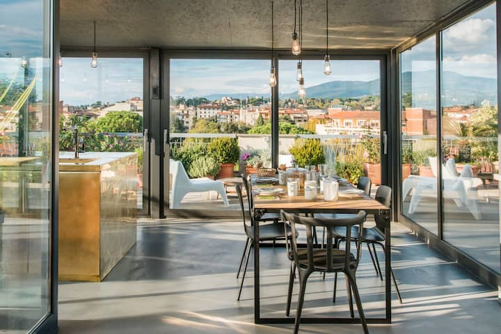 Walk to the Cathedral from a Charming Rooftop Apartment