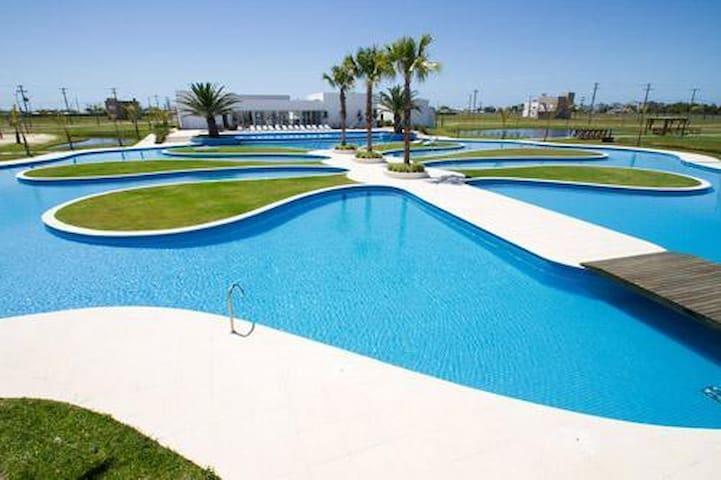 Casa no Dubai Resort Capão da Canoa até 10 pessoas