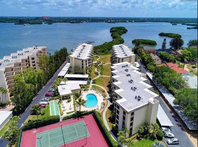 Beautiful Siesta Key Condo