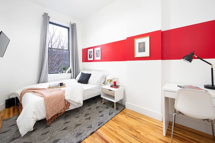 Modern Private BR in Fort Greene Cumberland 3R-3