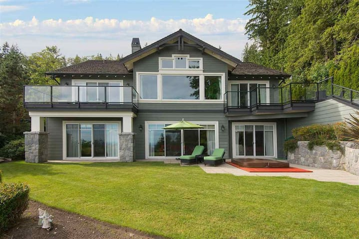 Luxurious Lottery Home in Whitby Estates