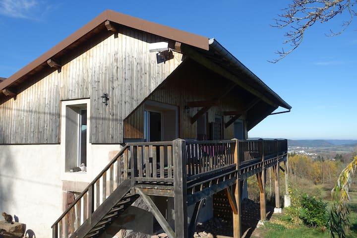 structure originale avec terrasse
