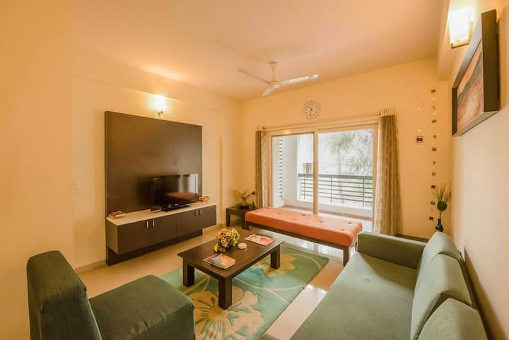 Three Bedroom fully furnished Serviced Apartment