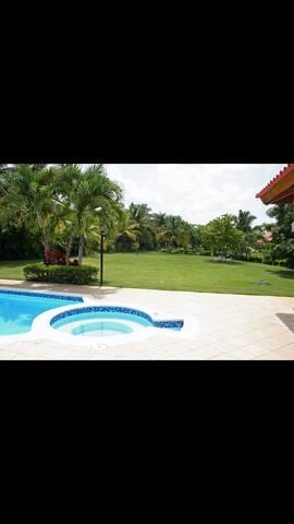 Lujosa villa en casa de campo - La Romana - Dům