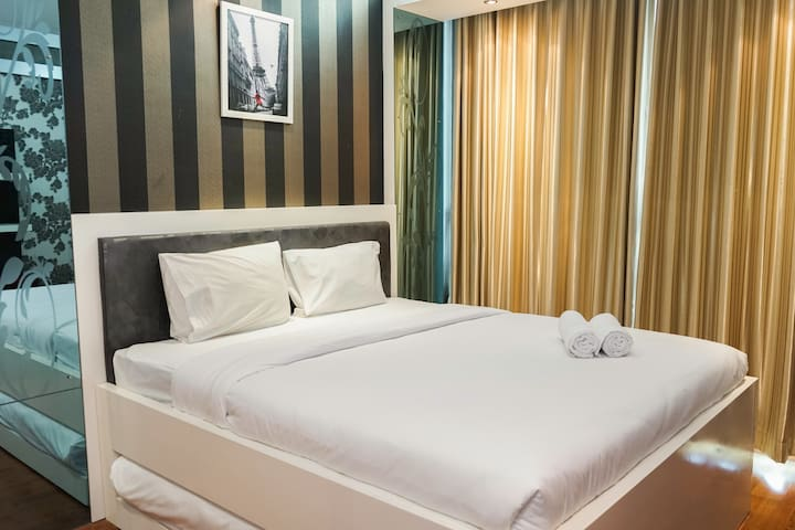Comfy 1BR at Ancol Mansion Apartment