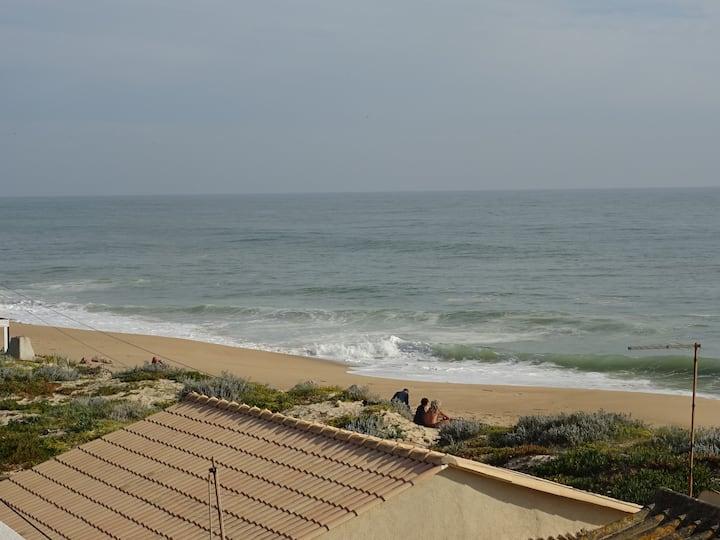 Delya Apt!Pure Beach Feeling, 2 steps from Sea!!