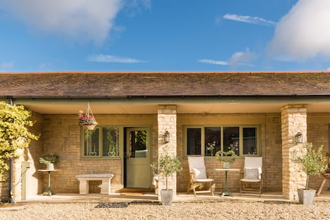 The Annexe in a Cotswold village near Cirencester.