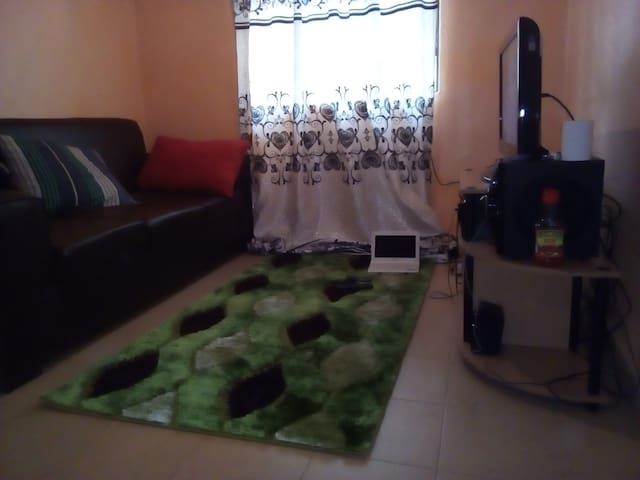 One bedroom stand alone house, Nairobi - Nairobi - Hus