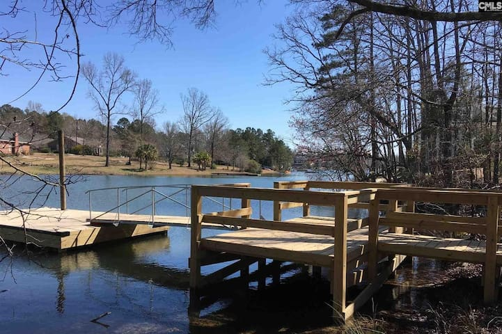 Lake Murray Gem - entire upstairs- 300sq ft!