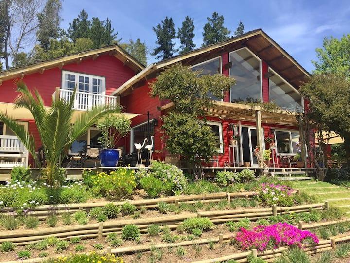Preciosa casa orilla lago Vichuquén