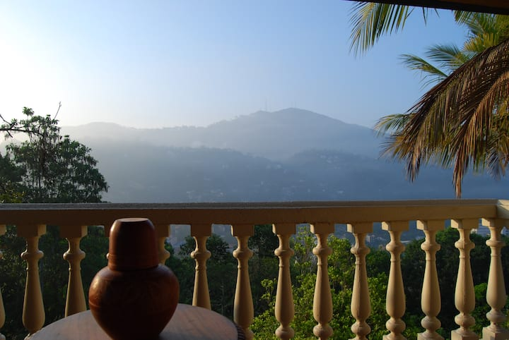 Kandy Apartment - Scenic View Accommodation