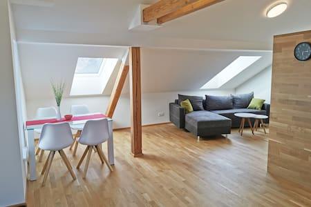 Moderne Dachgeschosswohnung nähe Klopeinersee