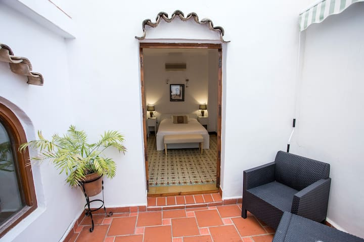 Pension Oliva - Authentic Guest House.  Room 102