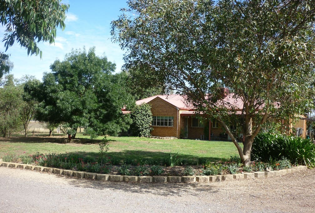 Benalla Bed And Breakfast Dog Friendly