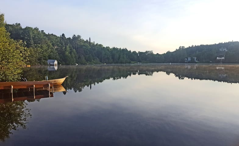 Water front cottage near Tremblant