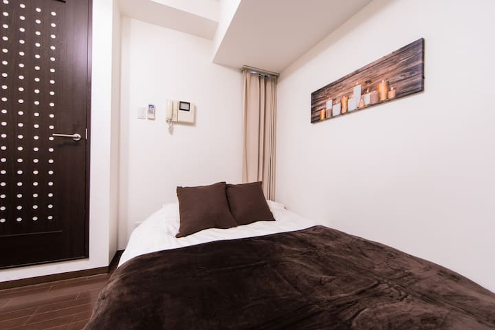 Osaka Castle HOTEL【Double bed Room】Free Wi-Fi 801