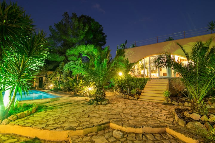 charming quiet villa in ibiza 6 pax ET-0662-E