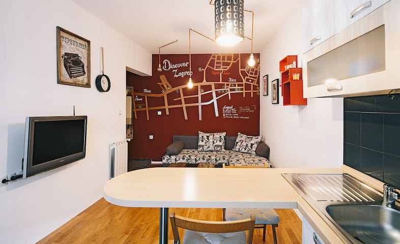 DOWNTOWN Apartment - FREE PARKING - Zagreb - Flat