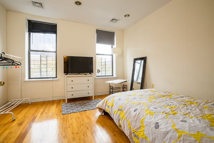 Entire apartment in townhouse