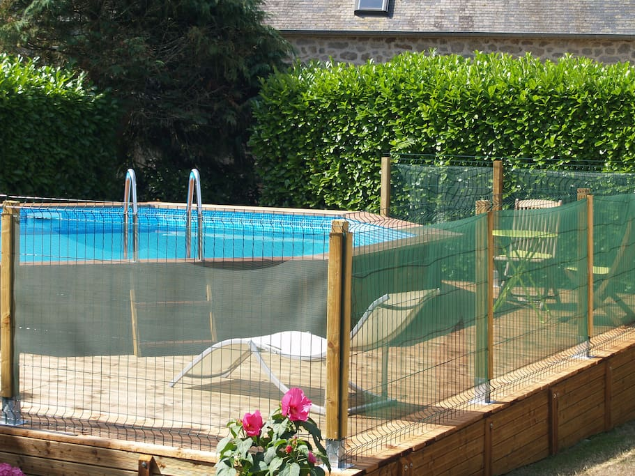 6m heated pool, 1.3m deep. Security fence and gate. Decking and sunbeds