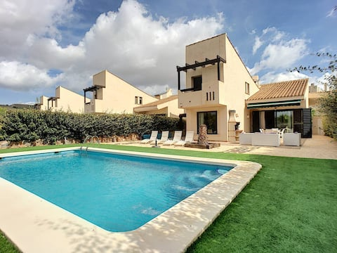 Luxury Villa in Corvera Golf & Country Club (JG)