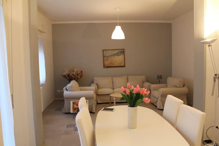 Casa Mezzofanti - Boloña - Apto. en complejo residencial