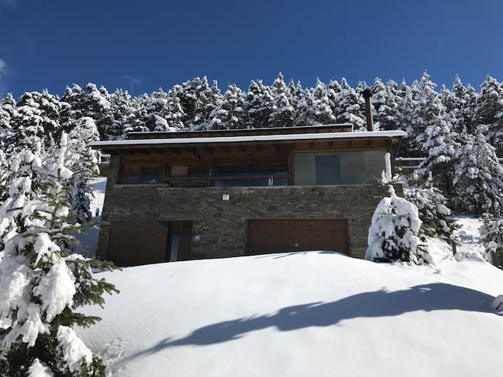 Luxurious house in La Molina ski area