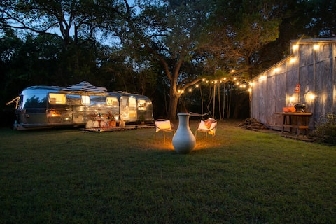 Secluded, romantic Dreamy Airstreamy 15min from DT