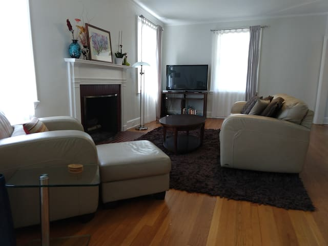Living room include fireplace & flat screen TV. Log in to your own Hulu or Netflix account!